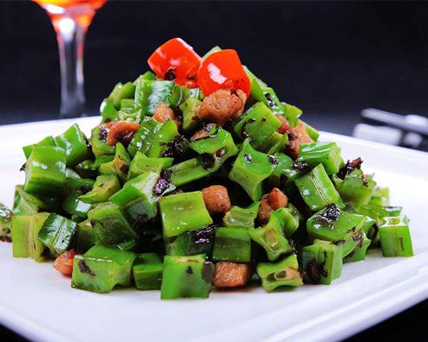 榄菜肉松四角豆